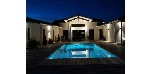 Paysagiste-pays-basque-piscine-nuit